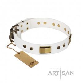 """Weißes Designer Halsband aus echtem Leder für Labrador """"Precious Necklace"""""""