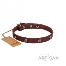 Originell dekoriertes Lederhalsband 20 mm für Labrador