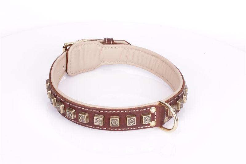 Nappa gepolstertes Halsband aus Leder in Braun